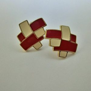 Vintage TRIFARI Geometric Cube Clip On Earrings